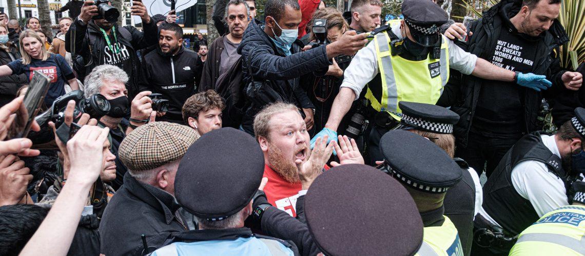 Photo: Anti masks protest